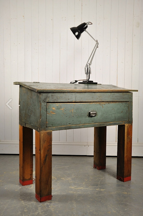 Repurposed Factory Desk di Original House Rustico