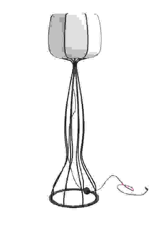 Bucca Design – boom // floor lamp: modern tarz , Modern