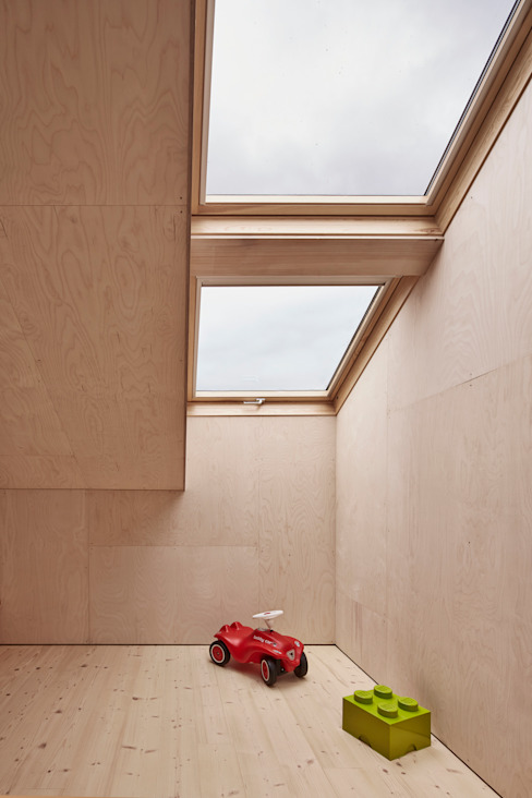 Nursery/kid's room by Innauer-Matt Architekten ZT GmbH