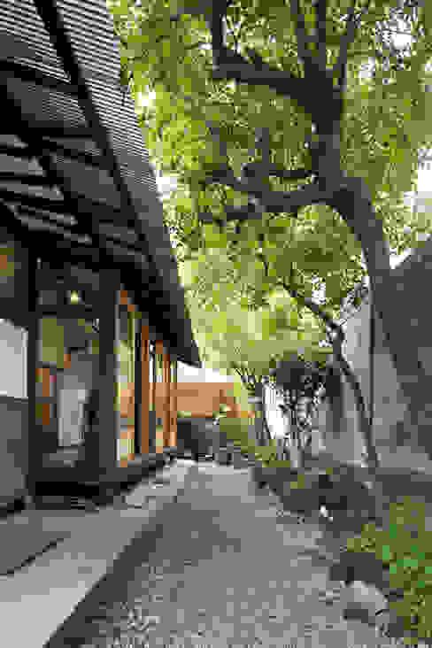 Casas de estilo  de studio_GAON,