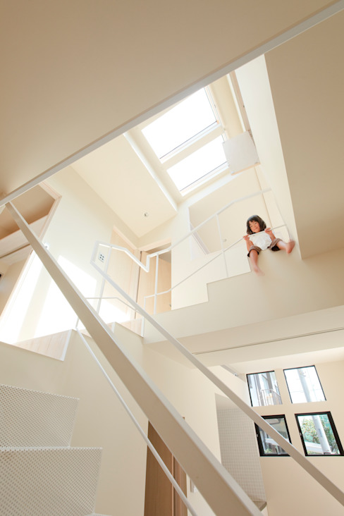 HOUSE K.M モダンな 家 の Marmo Architects モダン