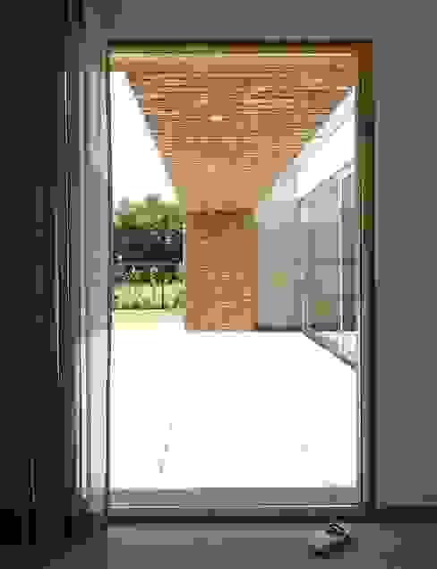 Arbeitszimmer von Joris Verhoeven Architectuur, Modern
