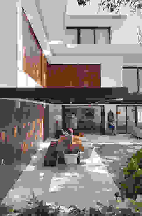 Tempo House Modern houses by Gisele Taranto Arquitetura Modern