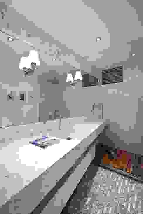 House S - S Evi Endüstriyel Banyo HANDE KOKSAL INTERIORS Endüstriyel