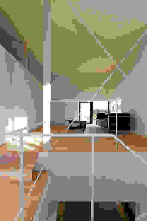 リビング: 一級建築士事務所 Atelier Casaが手掛けたリビングです。,モダン