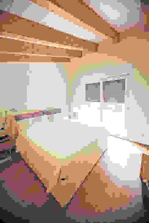 CASE TERRAZZE MONTICELLO Camera da letto moderna di EMMANUELLO | ARCHITETTURA | DESIGN Moderno