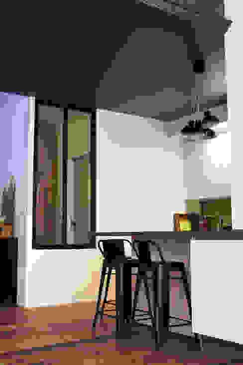 Cuisine Cuisine moderne par BIENSÜR Architecture Moderne
