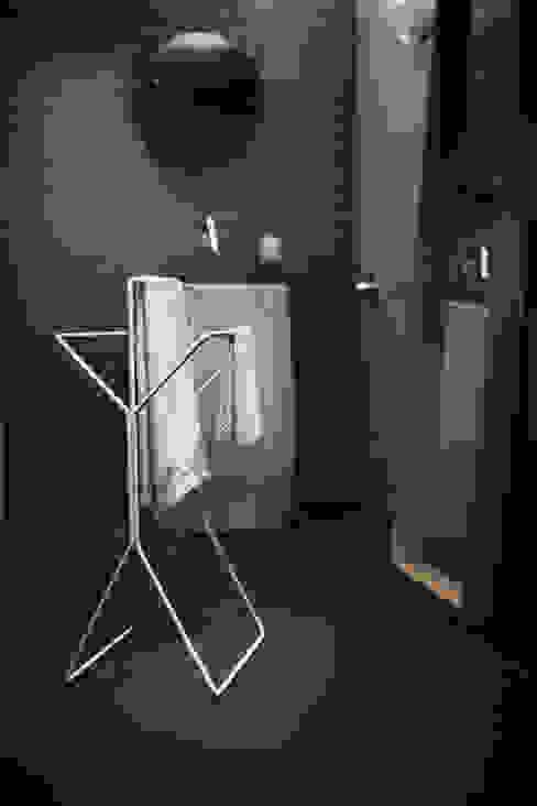Handtuchhalter - wingman: modern  von produkte + gestaltung,Modern