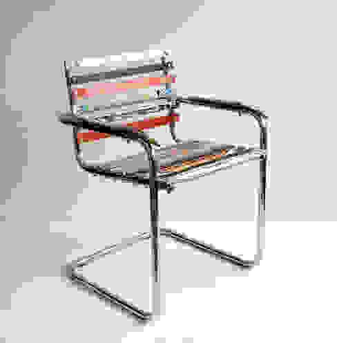 Brettschwinger - Upcycling Stuhl von Colourform Ausgefallen