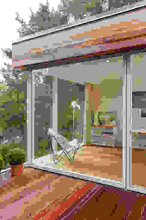 Casas de estilo  por Cubus Projekt GmbH, Moderno