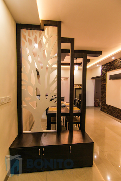 See through Foyer by homify
