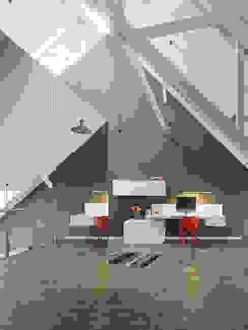 Loft ESN Moderne studeerkamer van Ippolito Fleitz Group – Identity Architects Modern