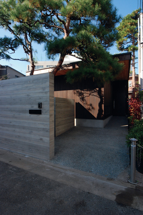 若林M邸 遠藤誠建築設計事務所(MAKOTO ENDO ARCHITECTS) モダンな 家