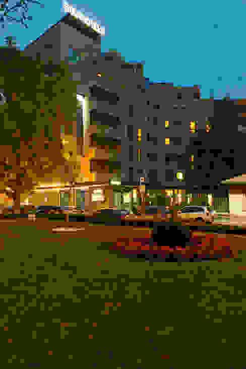 Exterior view di Andrea Auletta Interior Design Moderno