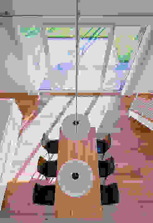 Moderne eetkamers van Möhring Architekten Modern