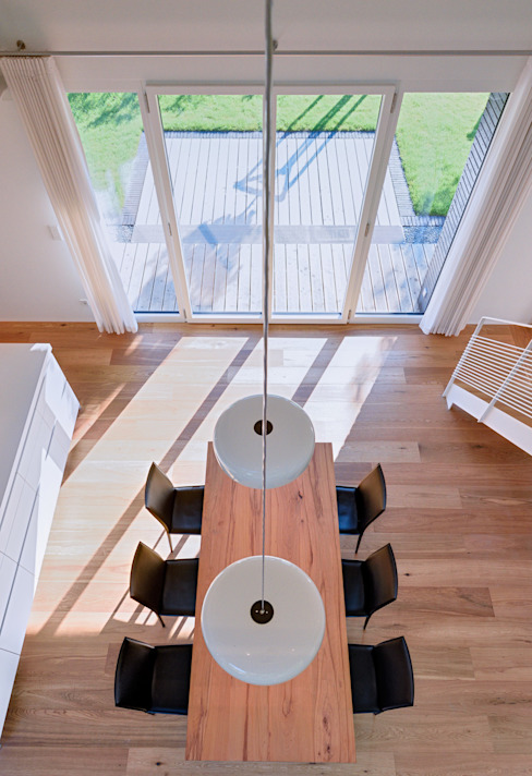 Modern dining room by Möhring Architekten Modern