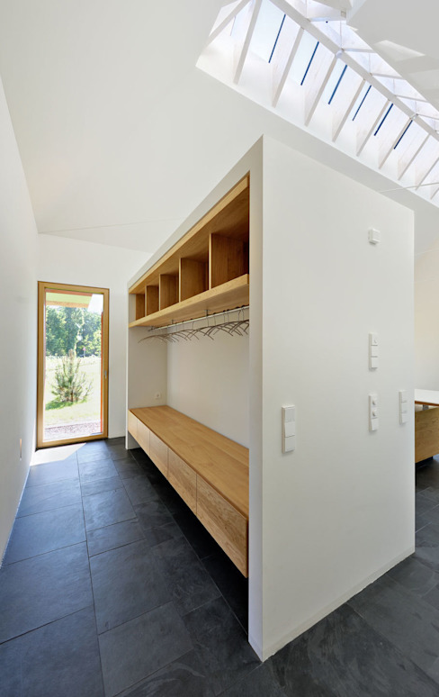 Corredores, halls e escadas modernos por Möhring Architekten Moderno