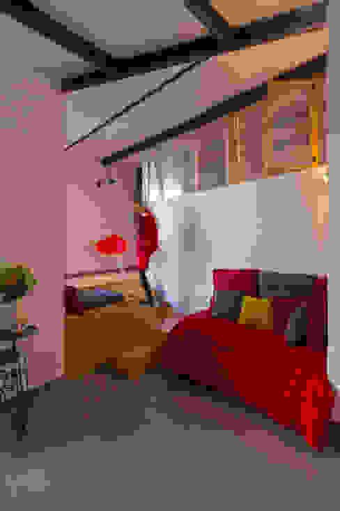 Le coin salon Salon moderne par Atelier RnB Moderne