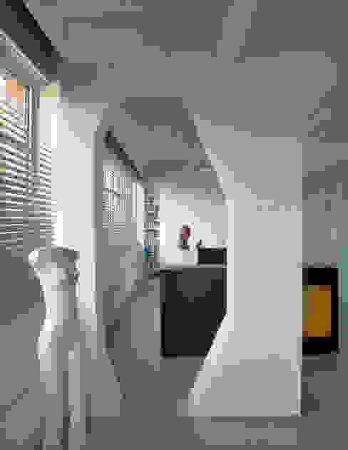 Loft 19 - Aménagement d'un plateau à PARIS XIX Chambre industrielle par Agence d'architecture Odile Veillon / ARCHI-V.O Industriel