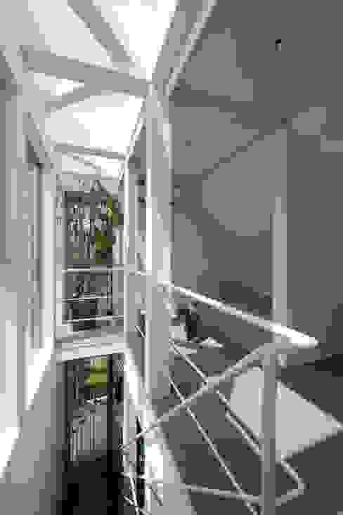 寝室 余田正徳/株式会社YODAアーキテクツ モダンスタイルの寝室