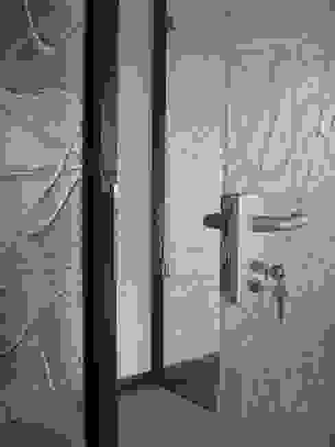 حديث  تنفيذ YBM Tasarım Dekoratif Cam Paneller, حداثي زجاج