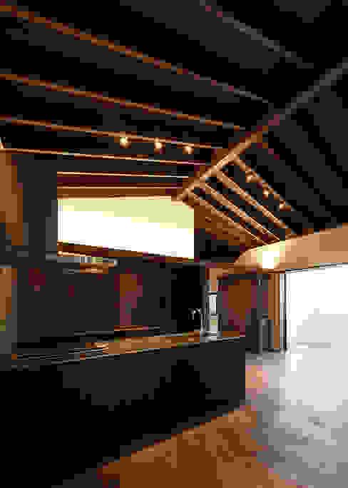 傳寶慶子建築研究所 Eclectic style kitchen