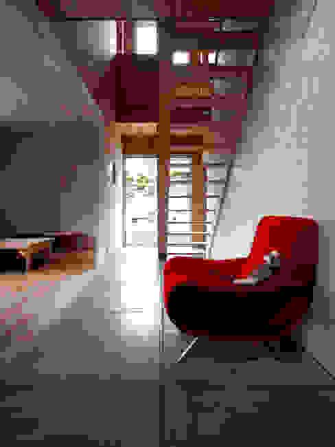 AtelierorB ห้องสันทนาการ แผ่นไม้อัด Plywood Wood effect