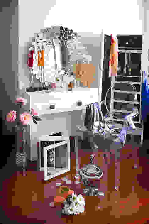 Ambiente femenino Dormitorios de estilo moderno de Actúa Decor Moderno
