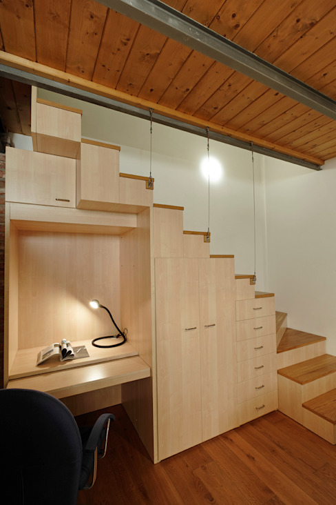 Studio Arch. Matteo Calvi 現代風玄關、走廊與階梯