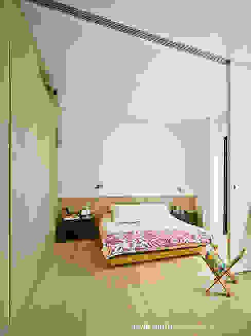 CASA LL Dormitorios de estilo escandinavo de Manuel Ocaña Architecture and Thought Production Office Escandinavo