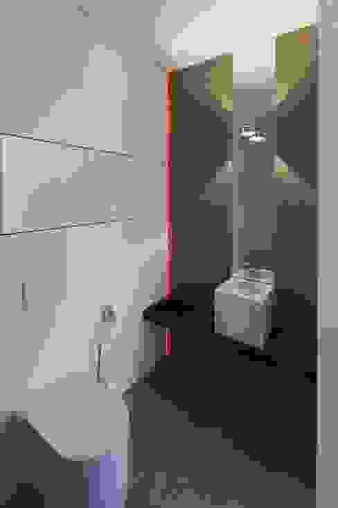 Haus_W Moderne Badezimmer von Fachwerk4 | Architekten BDA Modern