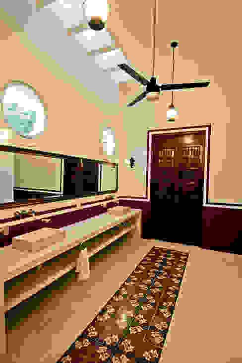 حمام تنفيذ Arturo Campos Arquitectos,