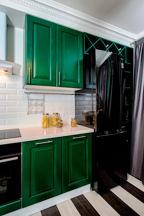 До и после ремонта: 12-метровая кухня в эпатажном стиле Сделано со вкусом на ТНТ Кухня в классическом стиле