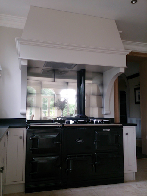 Antique Mirror Glass Tiles For Aga Splashback Modern kitchen by Mirrorworks, The Antique Mirror Glass Company Modern