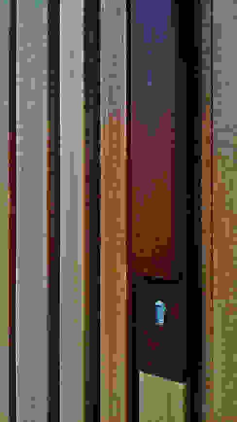 dettaglio dell maniglia di silvia ancarani Moderno