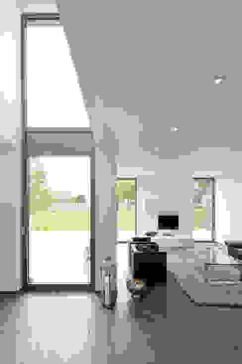 Moderne woonkamers van Beck+Blüm-Beck Architekten Modern