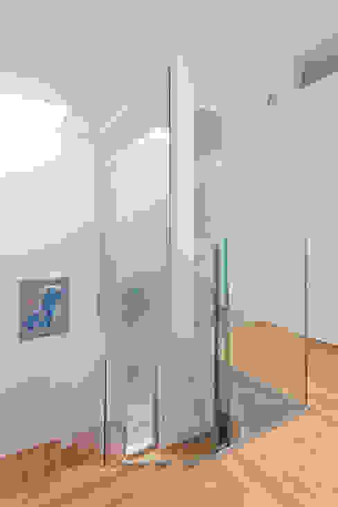 verglastes Kinderbad Moderne Badezimmer von Beck+Blüm-Beck Architekten Modern