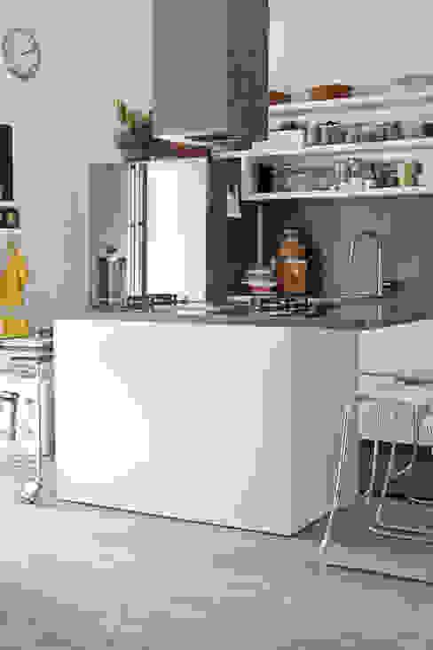 Kitchen by BARBARA BARATTOLO ARCHITETTI, Industrial