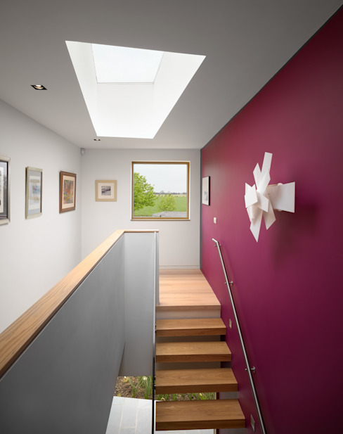 Meadowview Modern Corridor, Hallway and Staircase by Platform 5 Architects LLP Modern