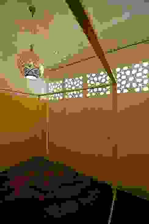 schlafzimmer:   von 3rdskin architecture gmbh,Ausgefallen