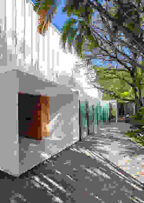 Modern home by Gisele Taranto Arquitetura Modern