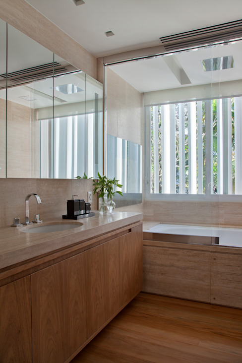 現代浴室設計點子、靈感&圖片 根據 Gisele Taranto Arquitetura 現代風