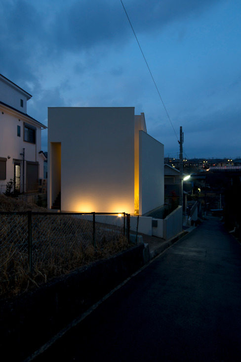 花屋敷の家: ENDO SHOJIRO DESIGNが手掛けた家です。,モダン