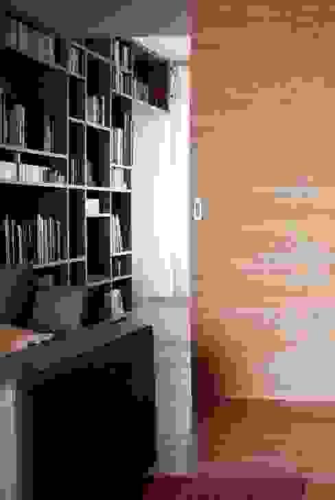 soggiorno Studio moderno di davide petronici | architettura Moderno