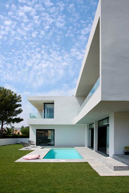Minimalist houses by Christian Fares Minimalist