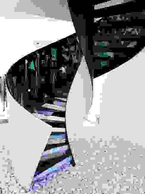 de Konu Merdiven Moderno