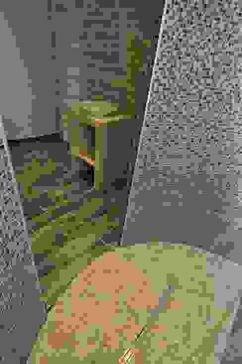 cloisons courbes de la douche Salle de bain moderne par Architecte d'Intérieur Paul Jourdain CFAI Moderne
