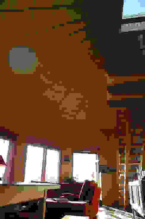 Moderne woonkamers van Virginie Farges Modern