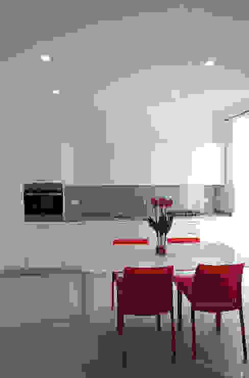 Elisa Rizzi architetto Cocinas de estilo moderno