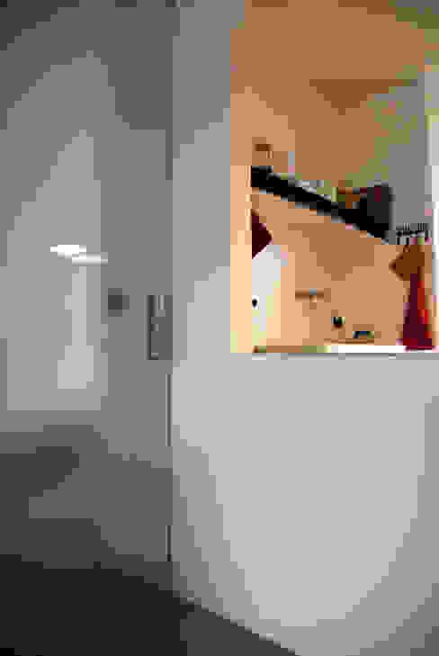 Salones minimalistas de andrea nicolini architetto Minimalista